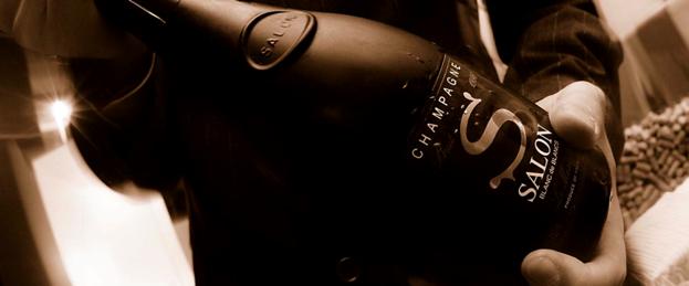 Champagnes rares chez paris cristal roederer for 1997 champagne salon