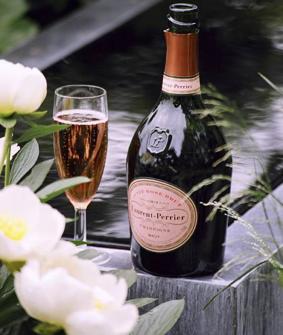 D gustation champagne laurent perrier et delamotte du 9 for Champagne lamotte prix