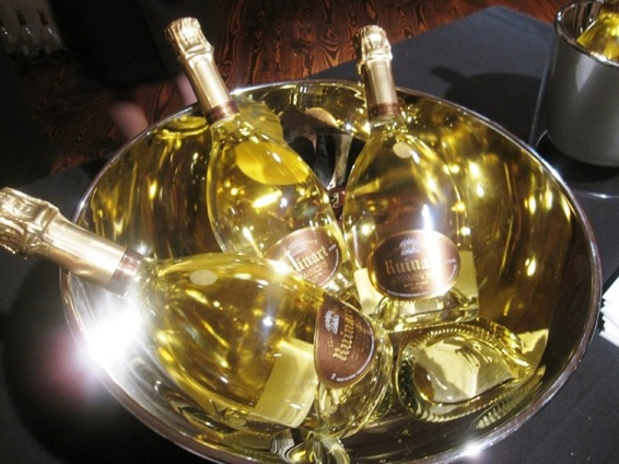 Ruinart est le champagne la mode champagne paris - Prix champagne ruinart blanc de blanc ...