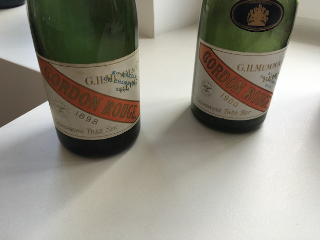 Vieux millésimes des champagnes Mumm