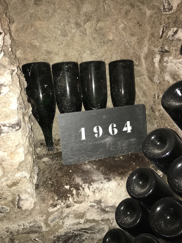 Champagne Salon : oenothèque 1964